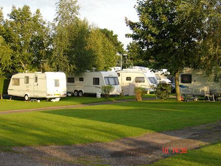 Kennford International Caravan Park - Holiday Park in Exeter, Devon, England