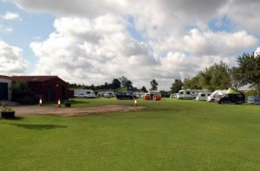 Burton Hill Park - Holiday Park in Malmesbury, Wiltshire, England