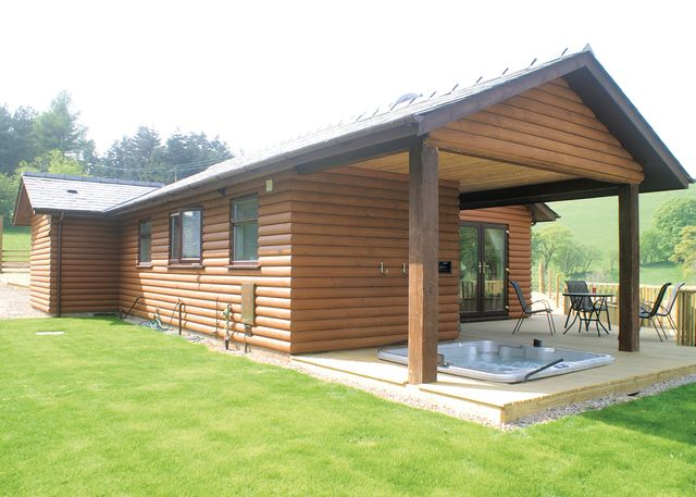 Lower Fishpools Lodges - Holiday Park in Bleddfa Knighton, Powys, Wales