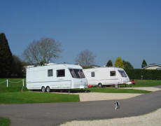 Mayfield Park - Holiday Park in Cirencester, Gloucestershire, England