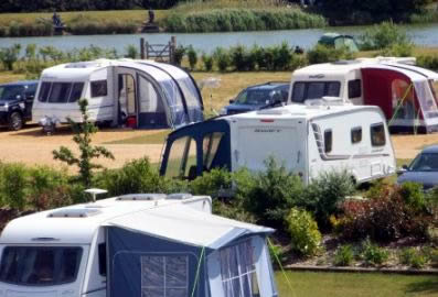 Fields End Water Caravan Park - Holiday Park in March, Cambridgeshire, England
