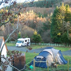 Graig Wen Touring Camp Site - Holiday Park in Dolgellau, Gwynedd, Wales