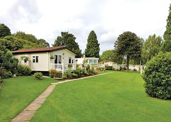 Woodlands Hall - Holiday Park in Ruthin, Denbighshire, Wales