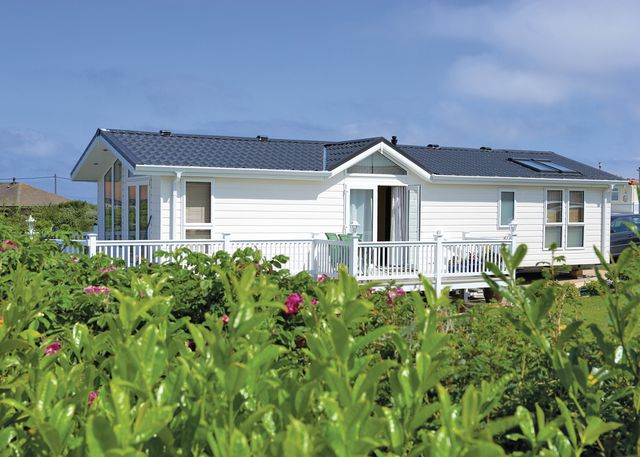 Seafield Caravan Park - Holiday Park in Seahouses, Northumberland, England