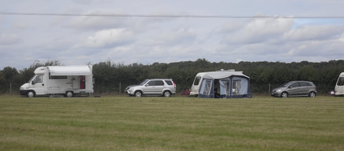 Outfields Farm - Holiday Park in Bedford, Bedfordshire, England