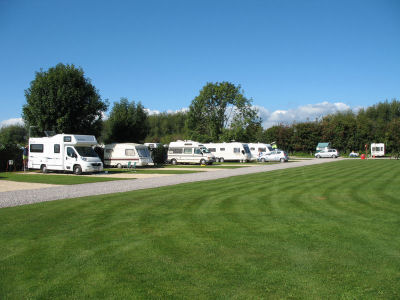 Tudor Caravan Park - Holiday Park in Slimbridge, Gloucestershire, England