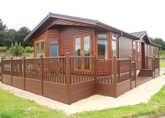 Wolds Retreat - Holiday Park in Whitley, Lincolnshire, England
