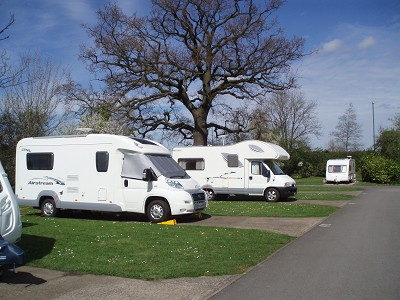 Briarfields Touring Park - Holiday Park in Cheltenham, Gloucestershire, England