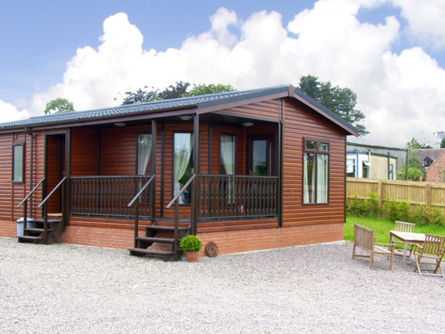Rhubarb Lodge - Holiday Park in Bromyard, Herefordshire, England