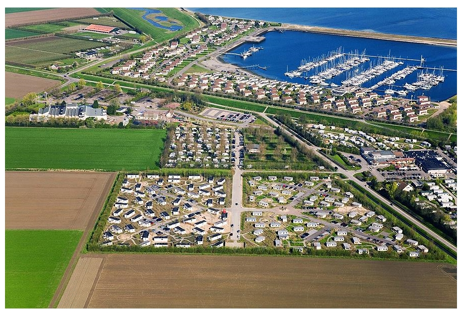 Campsite Roompot Beach Resort - Just one of the great holiday parks in Zeeland, Netherlands