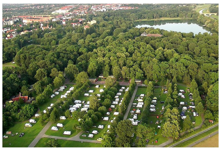 Campsite Knaus Campingpark Leipzig Auensee - Holiday Park in Leipzig, Saxony, Germany