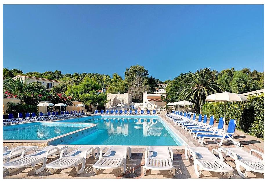 Campsite Vill. Baia degli Aranci - Holiday Park in Vieste, Adriatic-Coast, Italy