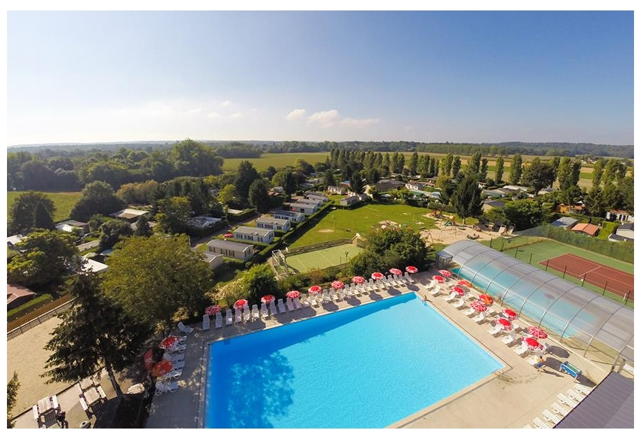 Campsite Le Village Parisien Varreddes - Just one of the great campsites in Ile de France, France