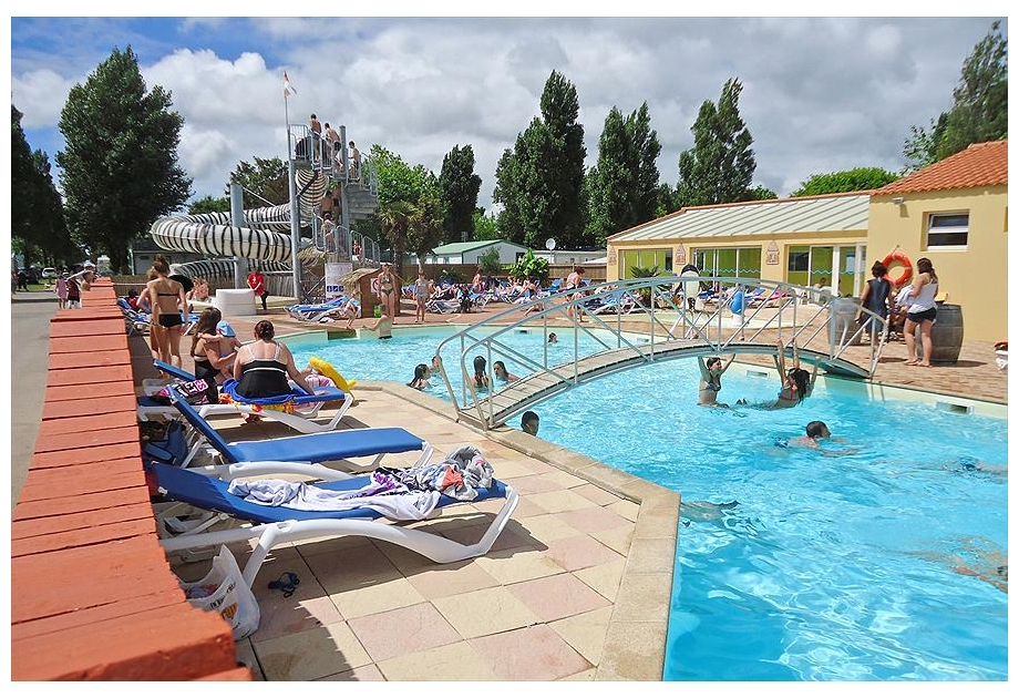 Campsite La Bolee d'Air - Just one of the great holiday parks in Loire, France