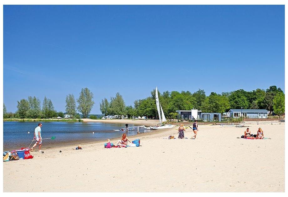 Campsite DroomPark Bad Hoophuizen B.V. - Holiday Park in Hulshorst, Gelderland, Netherlands