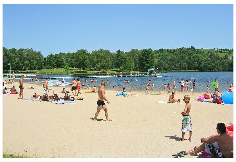Camping du Lac de Miel - Holiday Park in Beynat, Girona, France