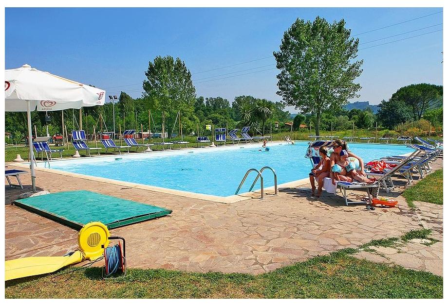 Campsite Roma Flash - Holiday Park in Bracciano, Lazio, Italy