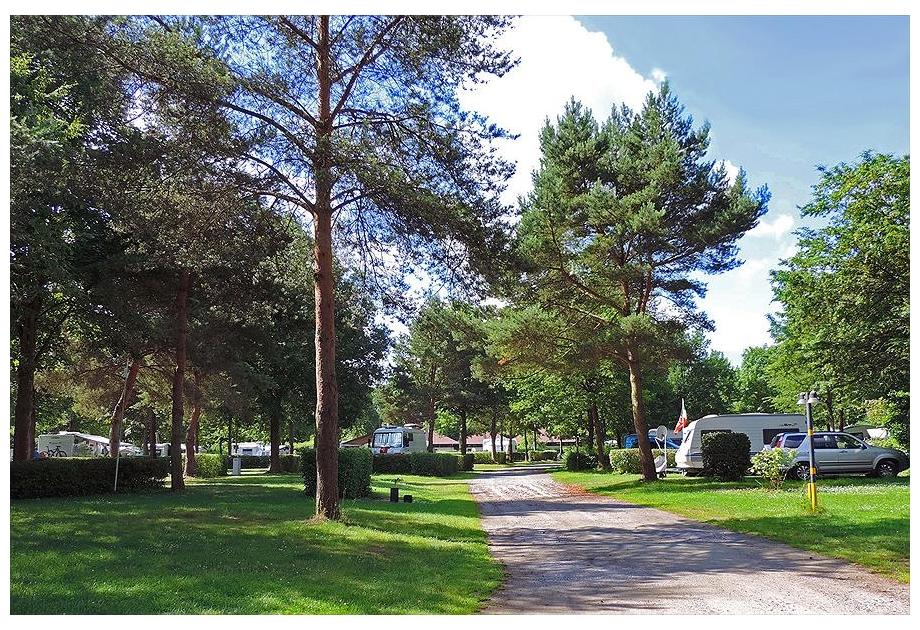 Knaus Campingpark Hamburg - Just one of the great campsites in Hamburg, Germany