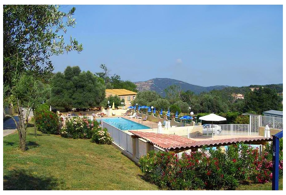 Campsite Camping de Berard - Holiday Park in Grimaud, Provence-Cote-dAzur, France