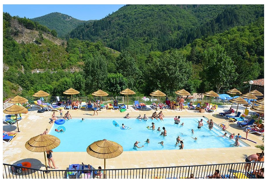 Campsite l'Ardechois - Just one of the great campsites in Rhone Alpes, France