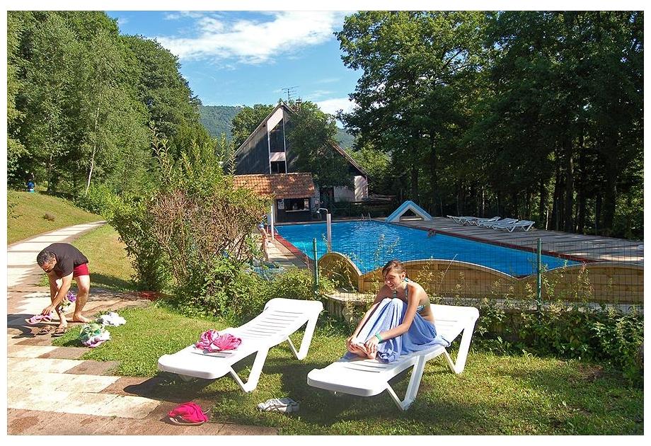 Campsite Huttopia Wattwiller - Holiday Park in Wattwiller, Alsace, France