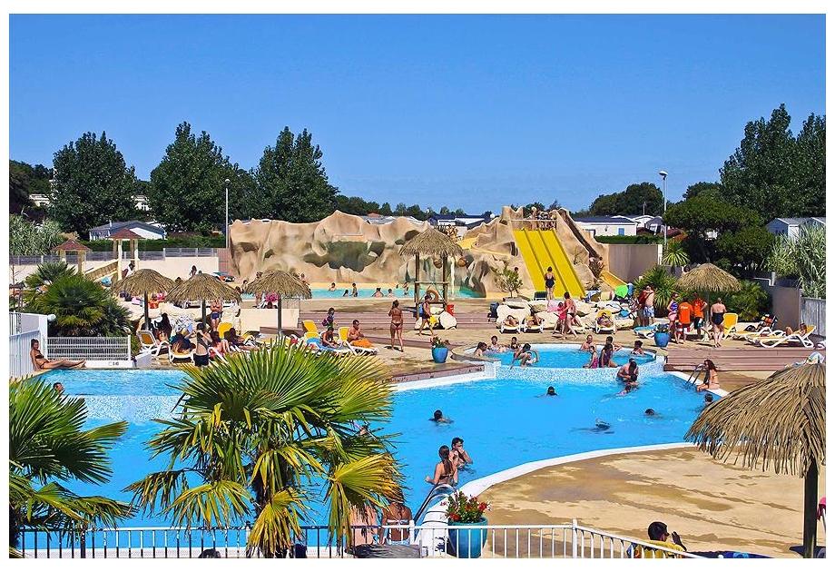 Campsite Les Ecureuils - Holiday Park in La Bernerie-en-Retz, Loire, France