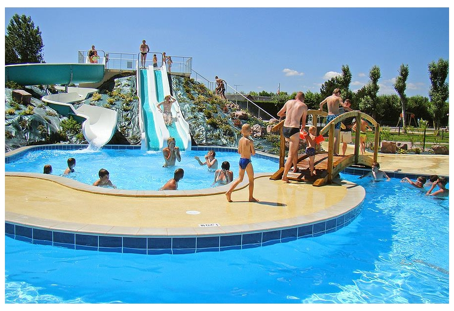 Campsite Le Fanal - Holiday Park in Isigny-sur-Mer, Normandy, France
