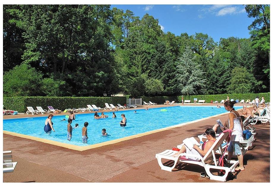 Camping Parc des Roches - Holiday Park in Saint-Cheron, Ile-de-France, France