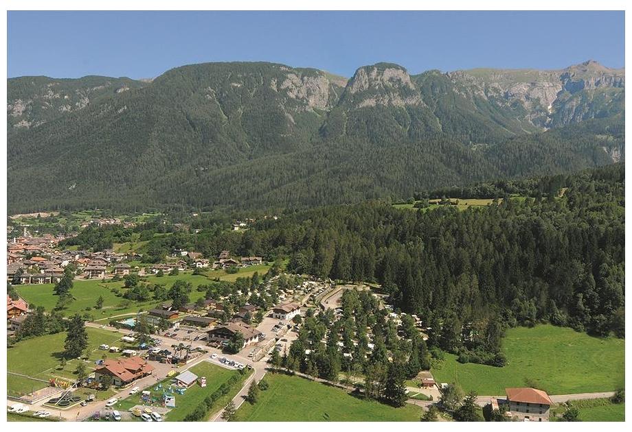 Dolomiti Camping Village - Holiday Park in Dimaro-Folgarida, Dolomites, Italy