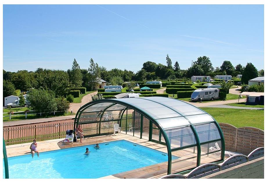 Campsite L'Aiguille Creuse - Holiday Park in Les Loges, Normandy, France