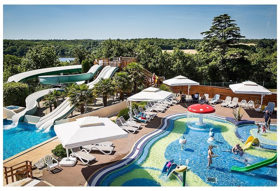 Campsite Yelloh! Village Le Pin Parasol - Holiday Park in La Chapelle-Hermier, Loire, France