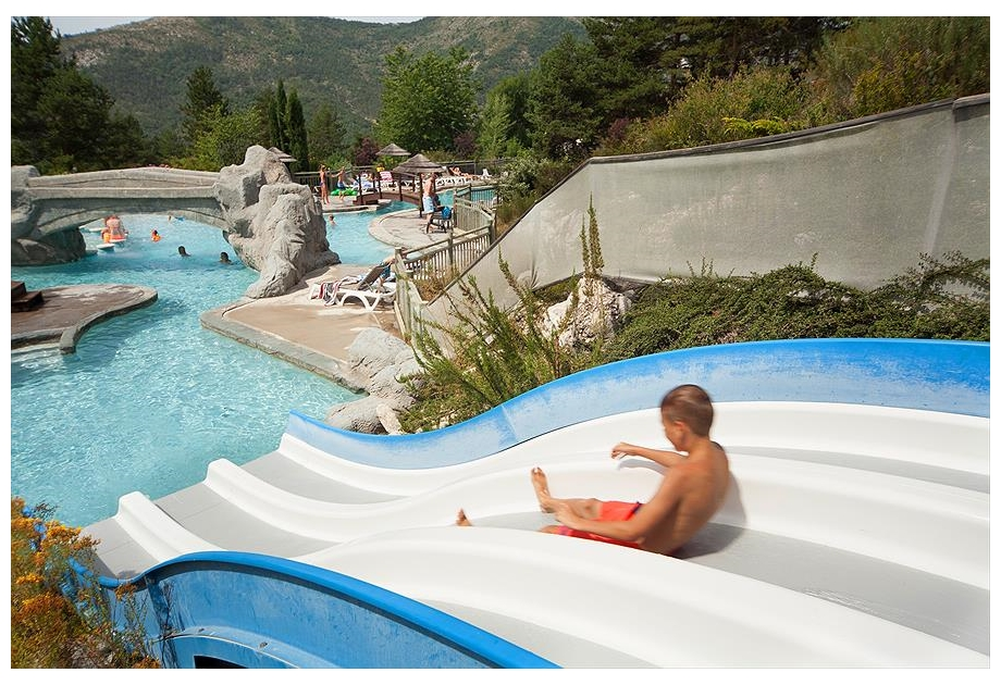 Camping RCN Les Collines de Castellane - Holiday Park in Castellane, Provence-Cote-dAzur, France