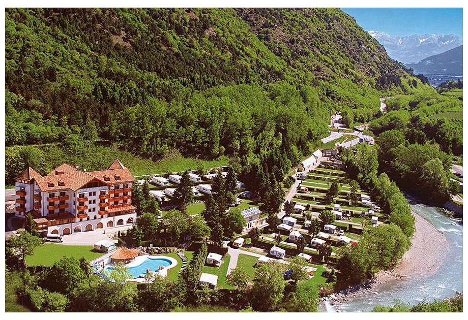 Campsite Latsch - Holiday Park in Latsch, Dolomites, Italy