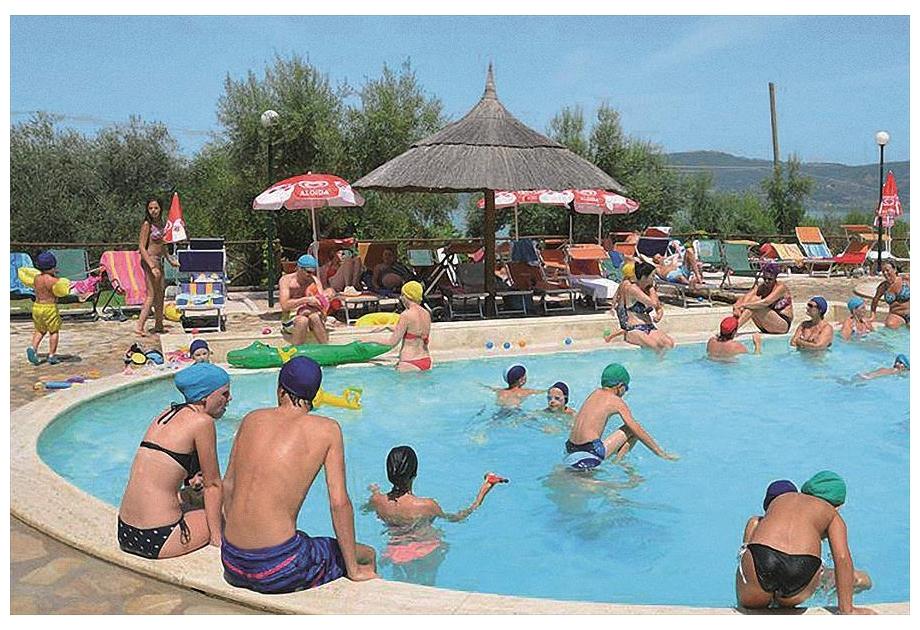 Campsite Cerquestra - Holiday Park in Magione, Umbria, Italy