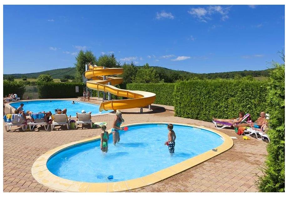 Campsite Sites & Paysages Beauregard - Holiday Park in Mesnois, Franche-Comte, France
