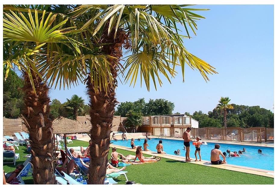 Campsite Yelloh!Village La Bastiane - Holiday Park in Puget-sur-Argens, Provence-Cote-dAzur, France