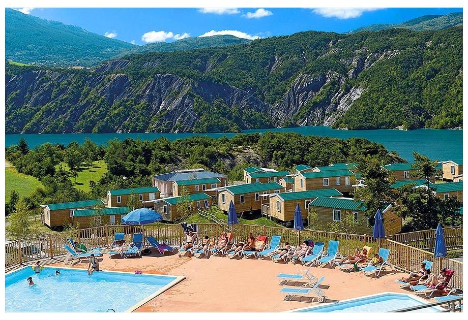 Campsite Odalys Les Berges du Lac - Holiday Park in Le Lauzet-Ubaye, Provence-Cote-dAzur, France