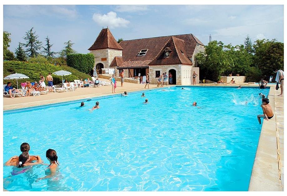 Campsite Castels Domaine de la Paille Basse - Holiday Park in Souillac, Midi-Pyrenees, France